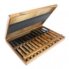 Set 12 delige beeldhouwer gutsen in een houten kist