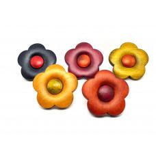 Meubelknop bloem in gelakt hout